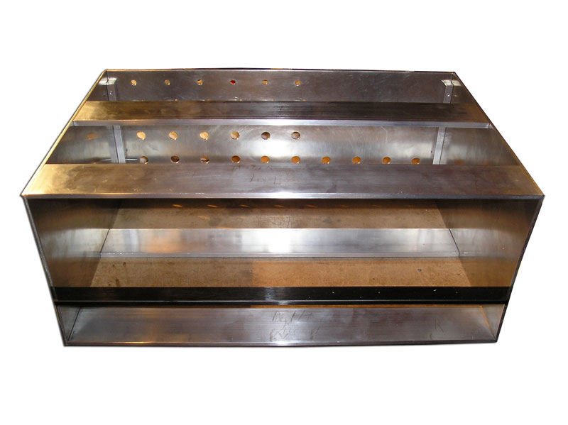 wb-10ch-rack-during-metalwork