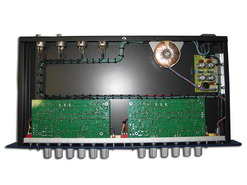 trident-80b-2ch-eq-build-inside