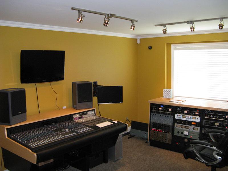 studio-control-room-front